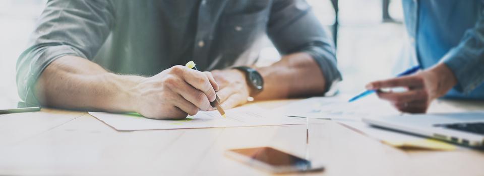 Im zweiten Beitrag der Serie wird erläutert, welche Arten der Leistungsbeschreibung es gibt und welche Besonderheiten bei diesen zu beachten sind.